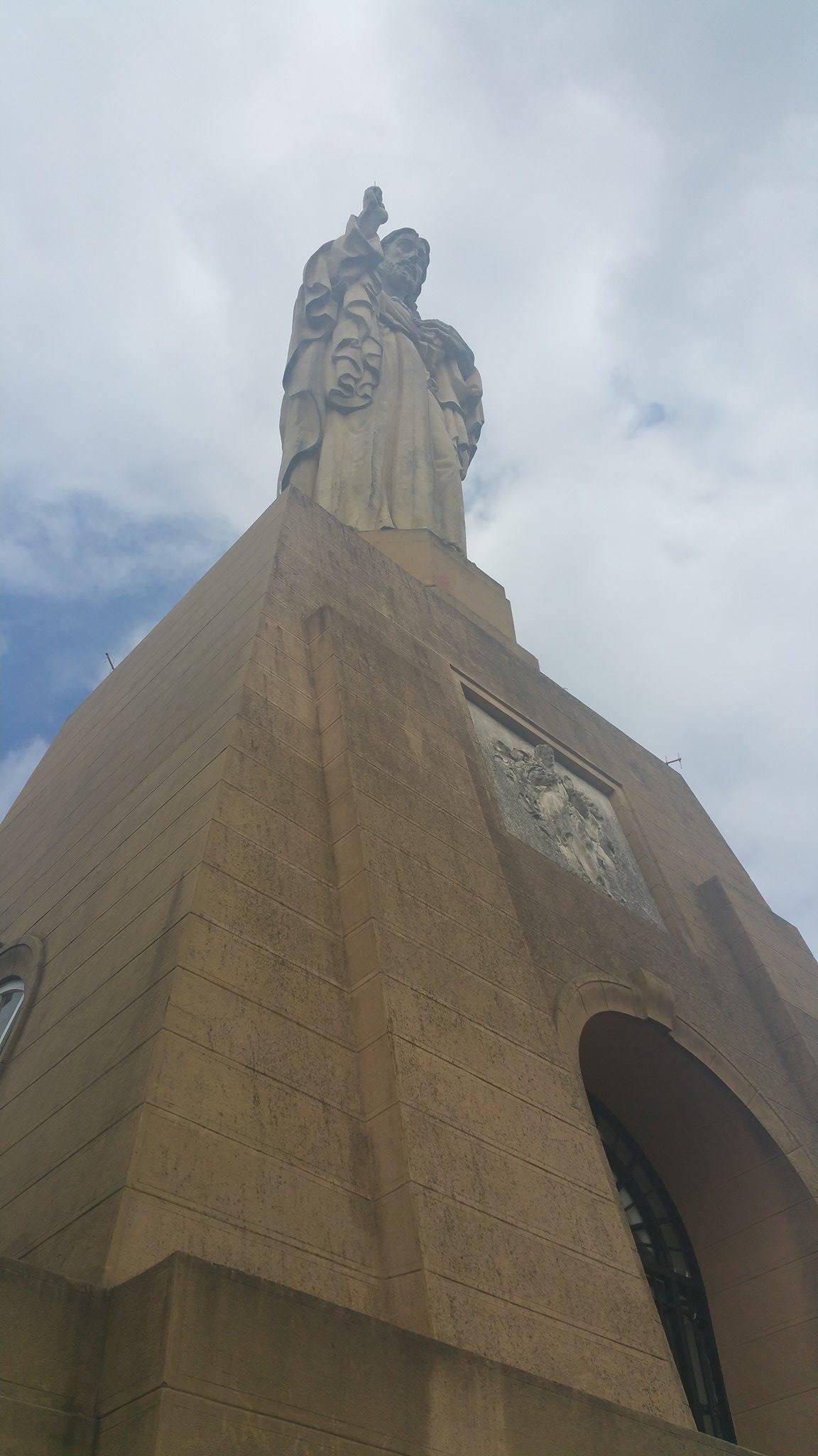 monte urgull jesus statue