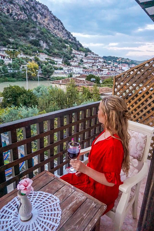 solo-travel-albania